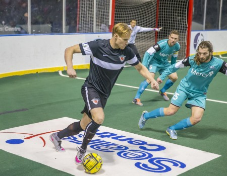 Chicago Mustangs Beat the St. Louis Ambush 9-5