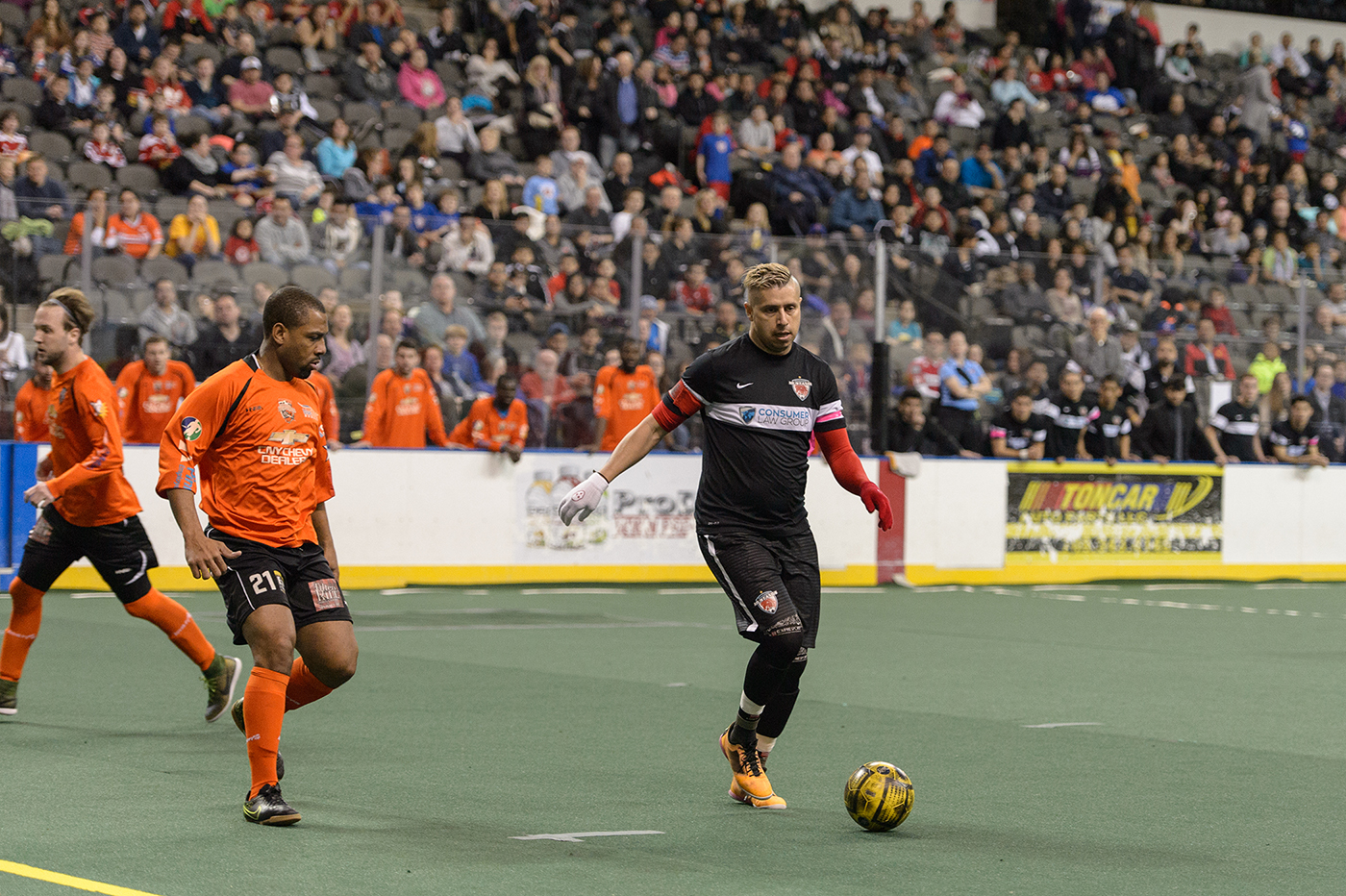 Hoffman Estates, IL, USA, January 30, 2016:  Major Arena Soccer League action between the Syracuse Silver Knights and the Chicago Mustangs at the Sears Centre Arena. Photographer: Daniel Bartel
